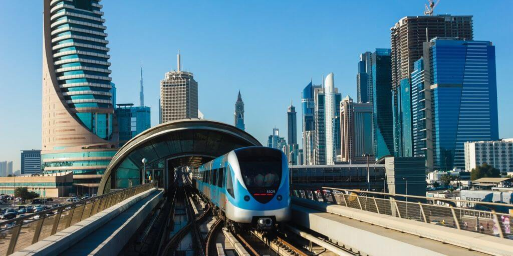 Is there a Dubai to Abu Dhabi Metro?