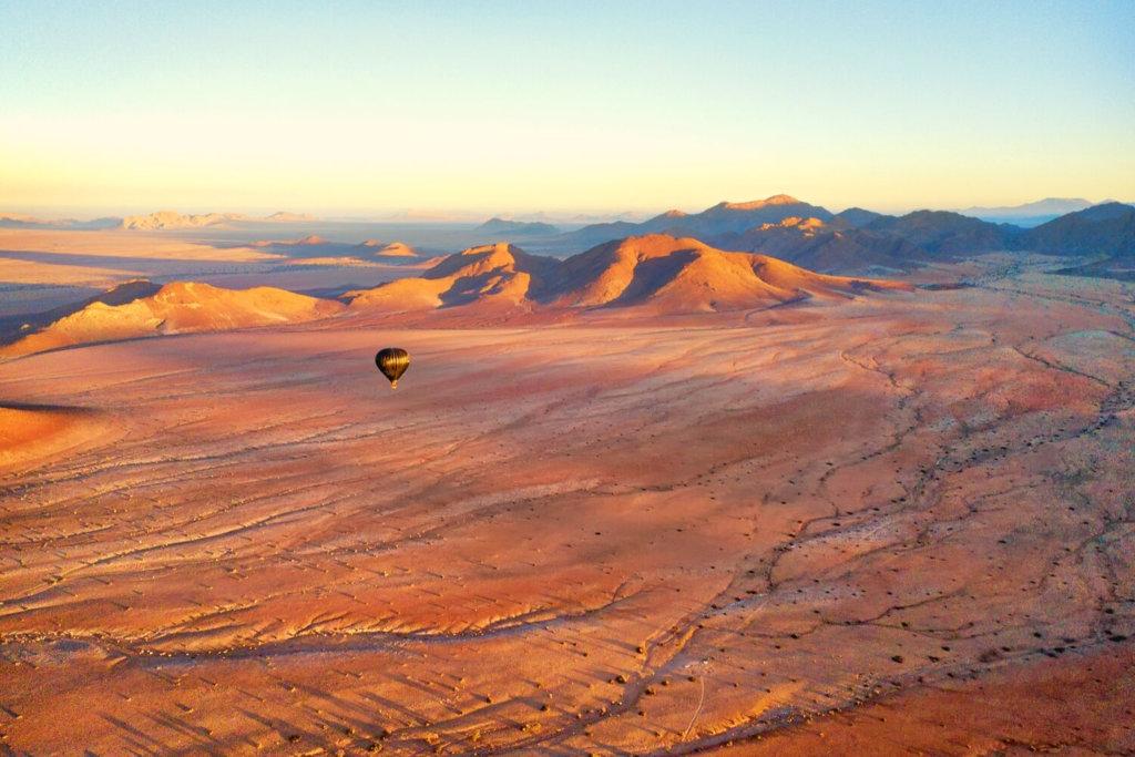 Hot air balloon over the Dubai desert conservation reserve