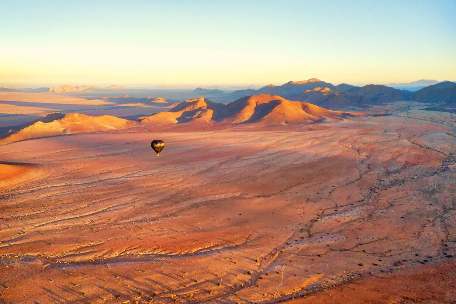 Hot air balloon over the Dubai desert conservation reserve