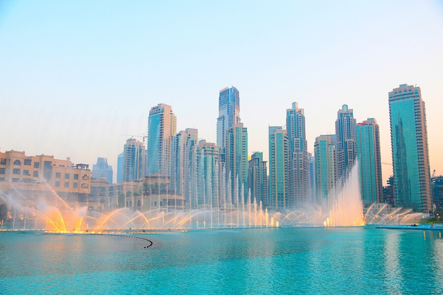 Dubai Fountain Timings (& where to get the best views!)