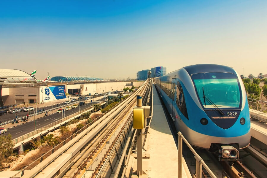 Metro Train Dubai Airport