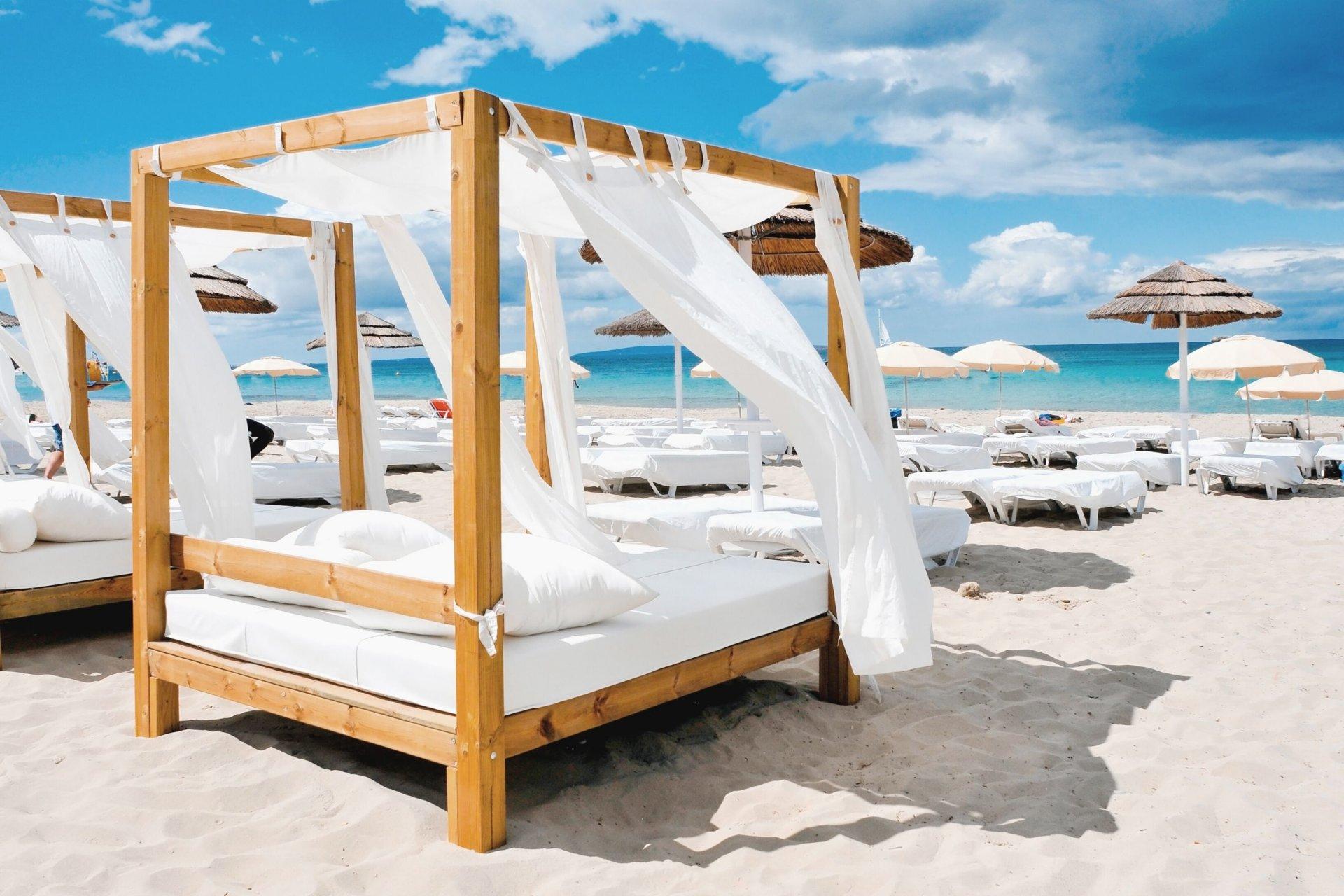 Unforgettable Dubai Beach Clubs to Experience
