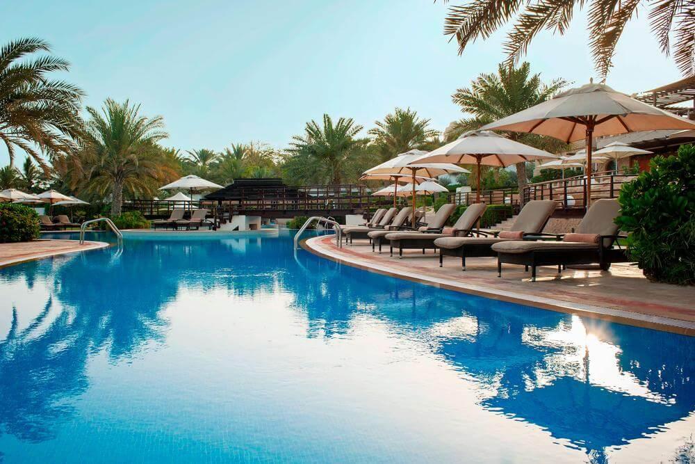 Westin Mina Seyahi Dubai swimming pool