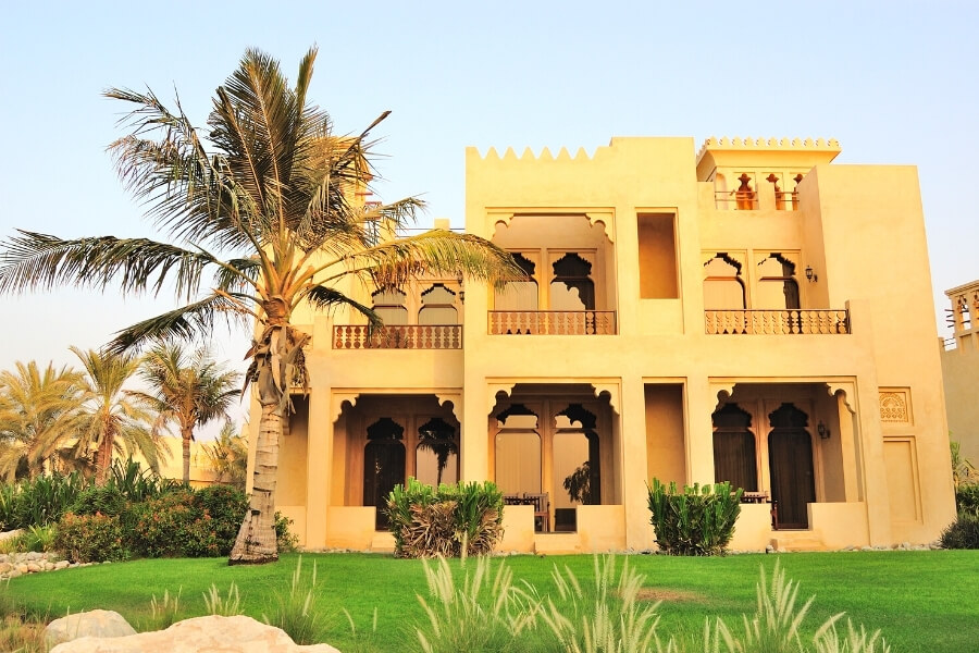 Large private family villa in Dubai