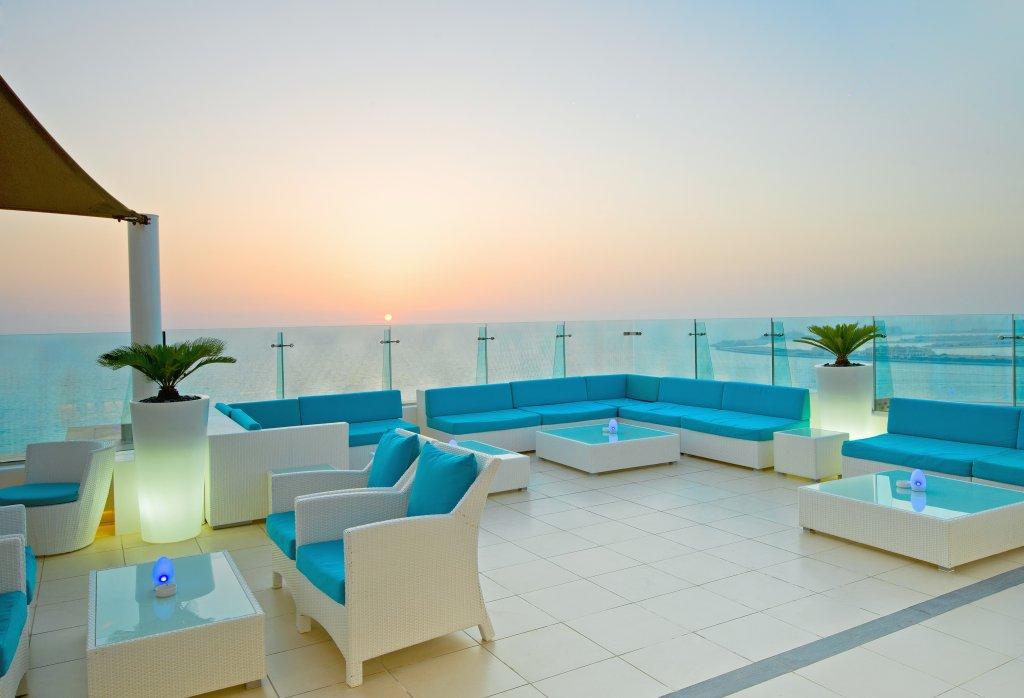 Hilton Dubai Jumeirah Beach Pure Sky Rooftrop Bar