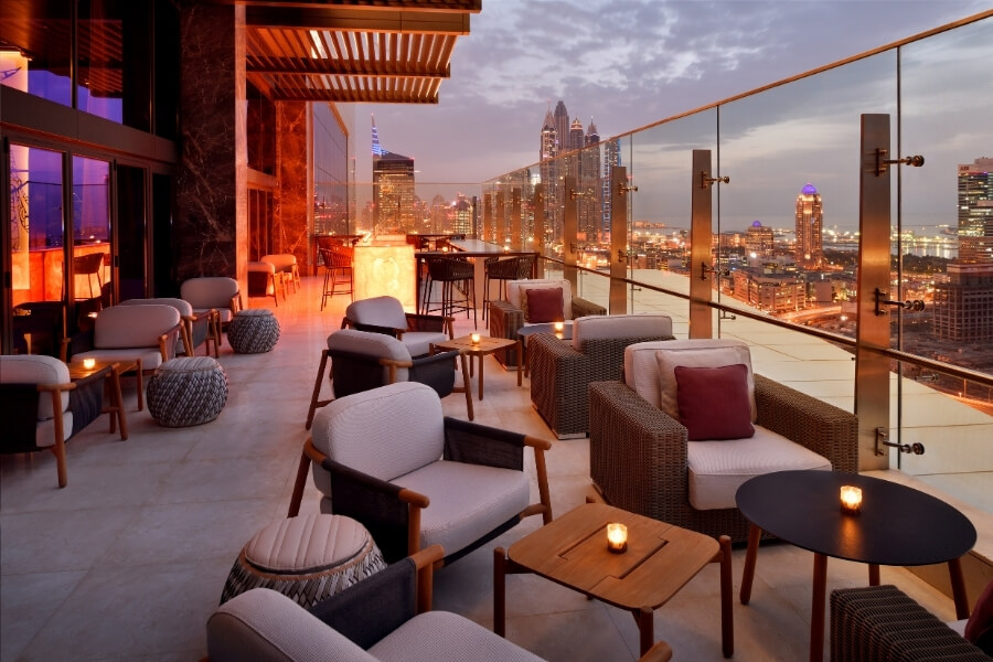 Grand Plaza Movenpick ThentyThree rooftop bar