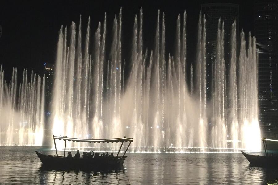 Abra Boat ride Dubai Fountains