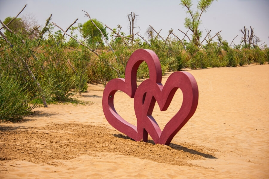 15 Insanely Romantic Places for couples in Dubai