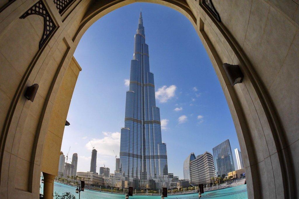 Burj Khalifa viewed from below wide angle lens over Burj Lake