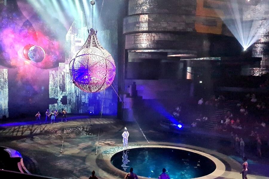 La Perle stage show Dubai
