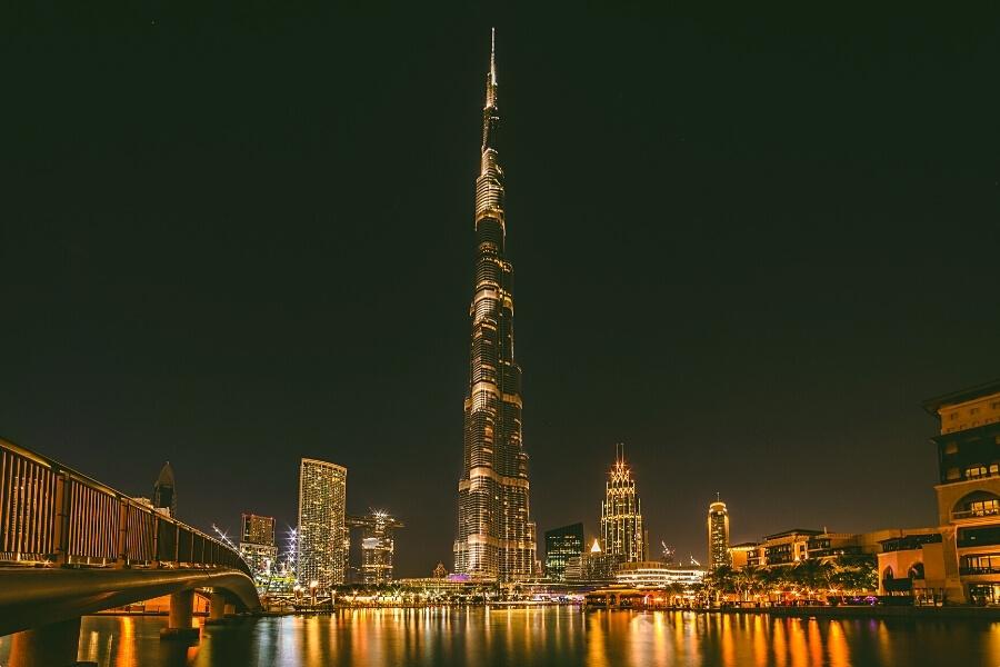 Burj Khalia at night lit up in Downtown Dubai