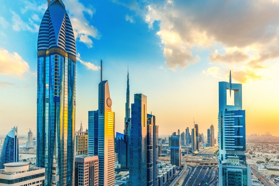 UAE Visit Visas Open to All Vaccinated Tourists